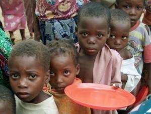 Hunger in Somalia Quelle: http://www.maroczone.de/news/wp-content/uploads/2011/07/somalia-hunger.jpg