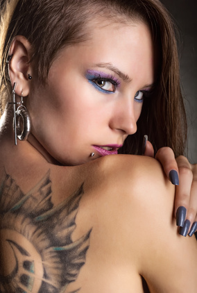 Tattoo and piercings